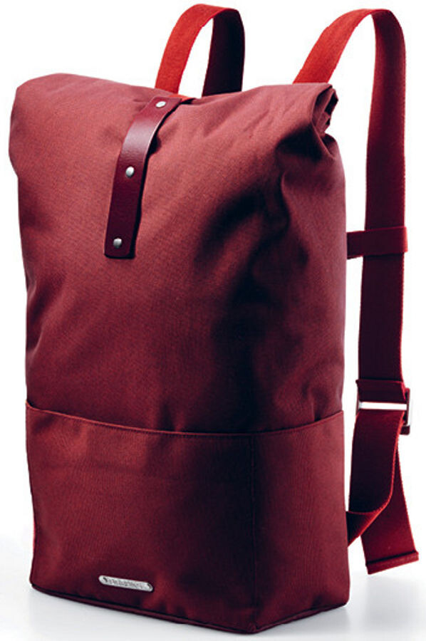 2ab7139f22 Brooks Hackney Backpack 24-30l red at Bikester.co.uk